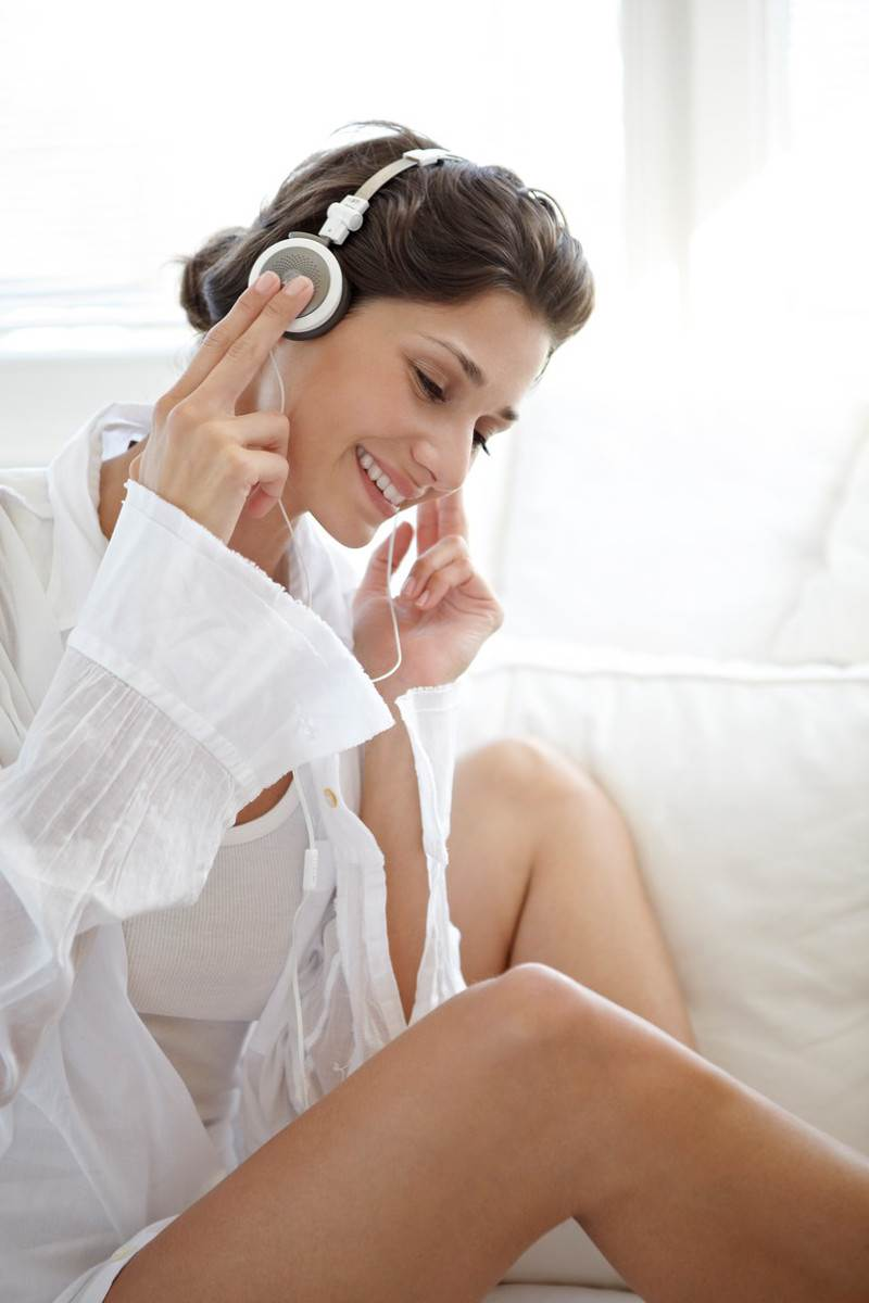 žena, glazba, slušalice